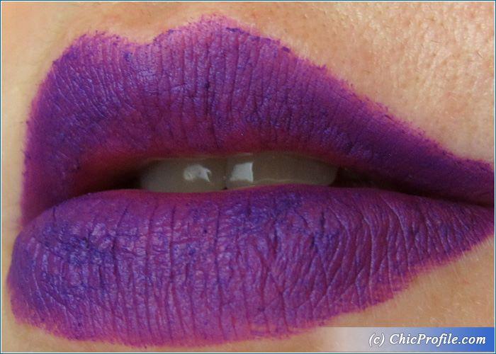 urban-decay-pandemonium-vice-lipstick-swatch-2