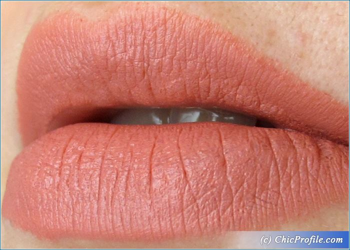 essence-matt-matt-matt-lipstick-no1-swatch-1