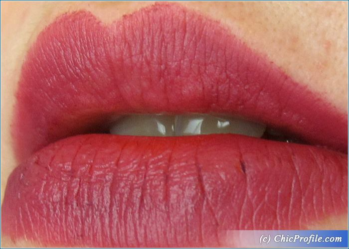 essence-matt-matt-matt-lipstick-no7-swatch-1