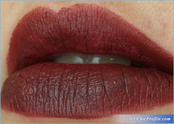 essence-matt-matt-matt-lipstick-no8-swatch-1