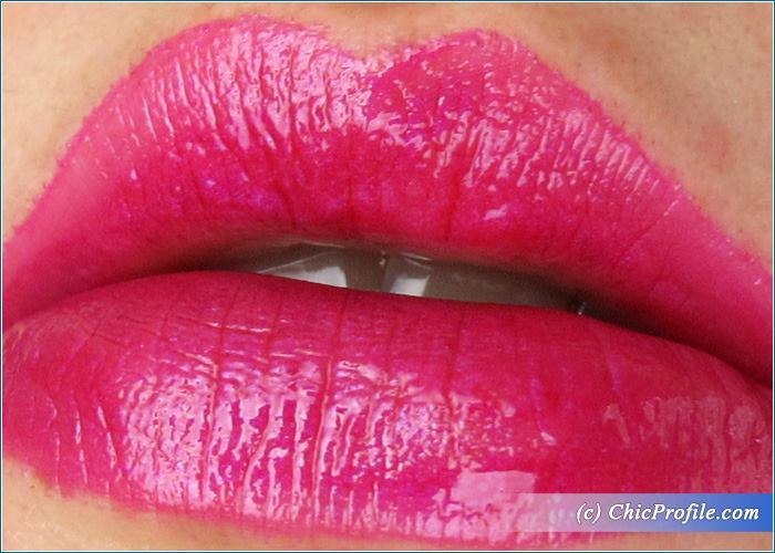 mac-vamplify-whats-going-on-swatch-1