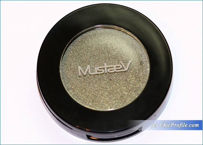 mustaev-in-the-club-eyeshadow-review-1