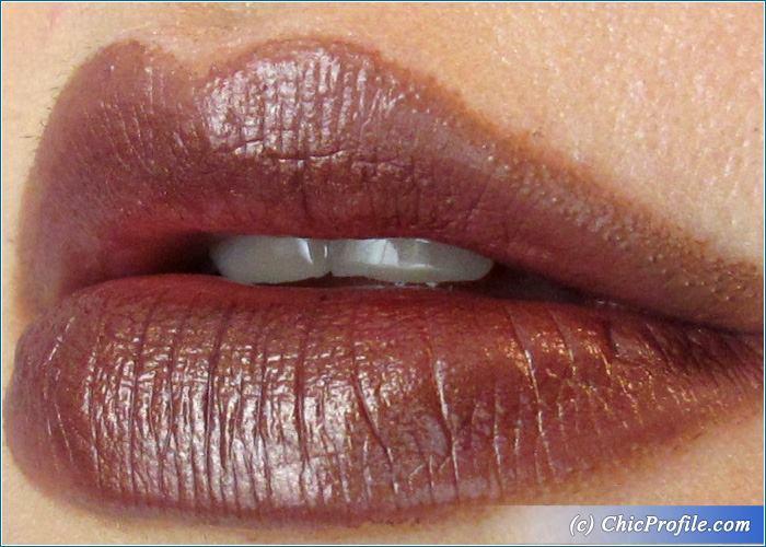 urban-decay-conspiracy-vice-lipstick-lip-swatch
