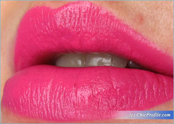 urban-decay-crush-vice-lipstick-swatch-2