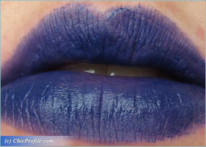 urban-decay-heroine-vice-lipstick-swatch-1
