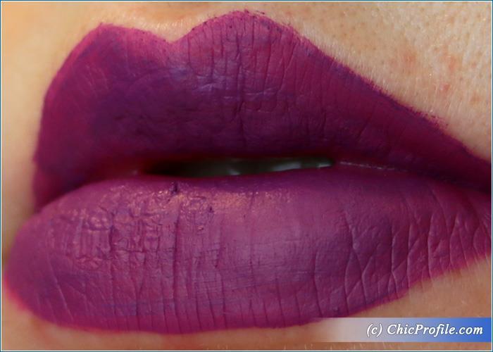 mac-flamingo-road-retro-matte-lip-colour-swatch-3