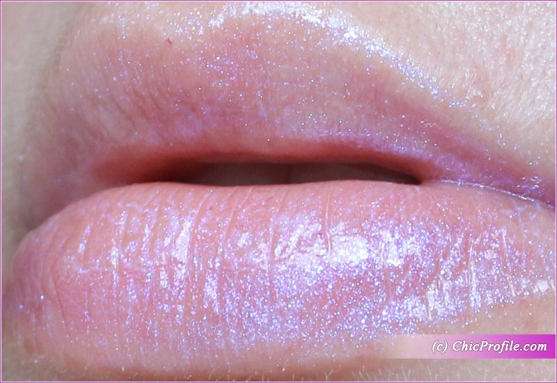 Lip Strobe by Huda Beauty #17