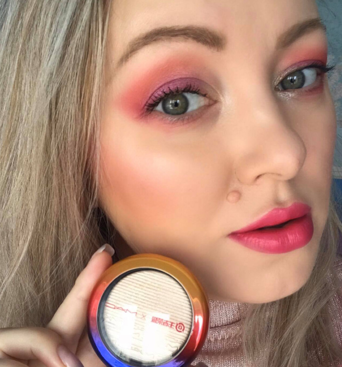 MAC Double Gleam Extra Dimension Skinfinish Makeup Look