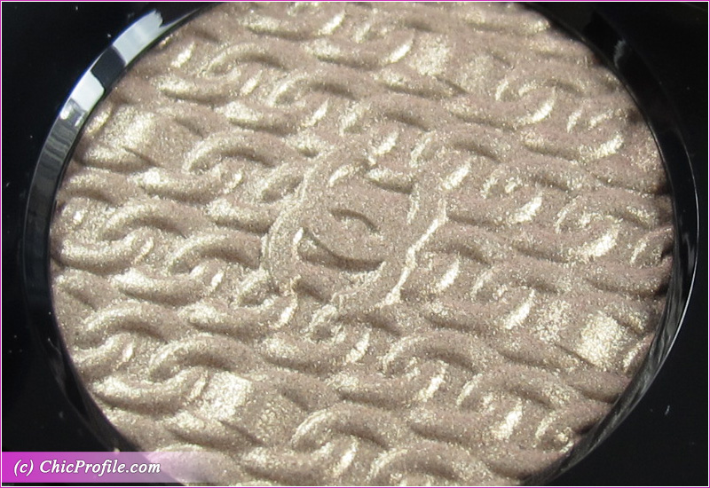 Chanel Or Blanc (926) Ombre Premiere Close Up
