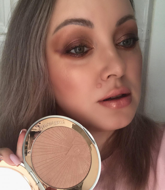 Charlotte Tilbury Superstar Glow Makeup