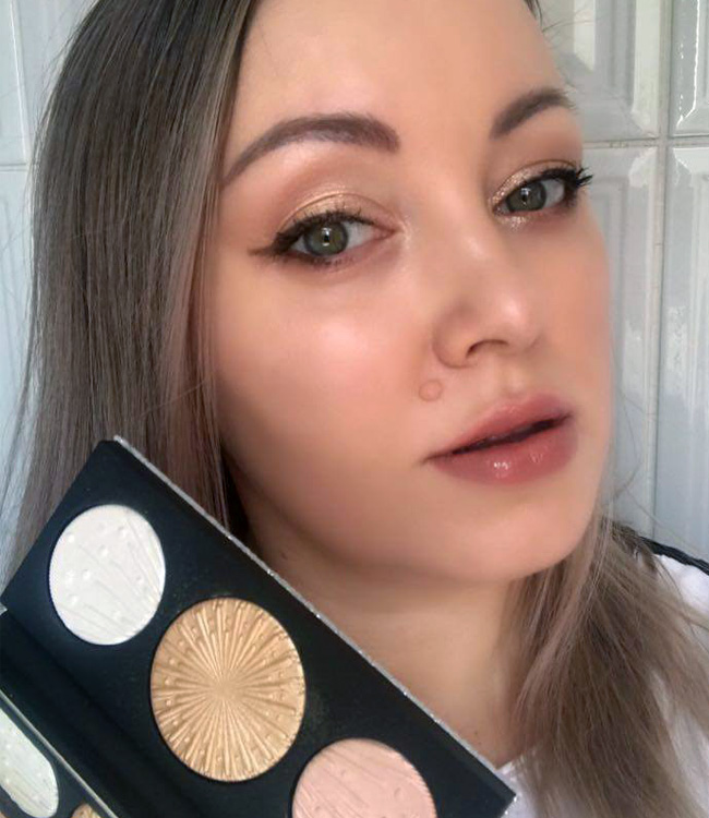 MAC Light Extra Dimension Skinfinish Trio Makeup Look