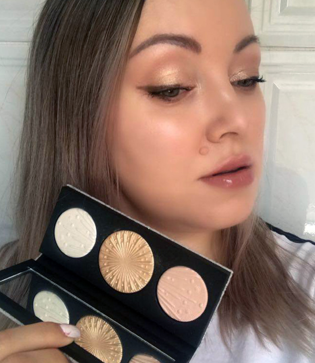 MAC Light Extra Dimension Skinfinish Trio Makeup