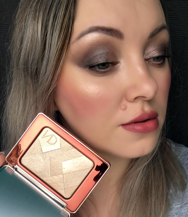 Natasha Denona I Need a Nude Glow Highlighter Makeup