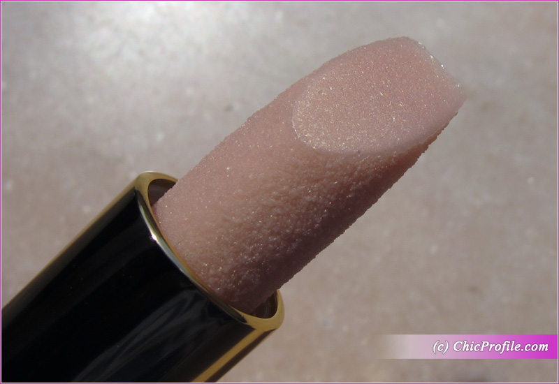 Tom Ford Balm Frost Close Up