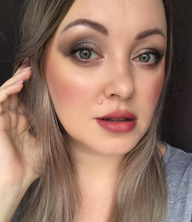 Tom Ford Nude Dip Makeup Look
