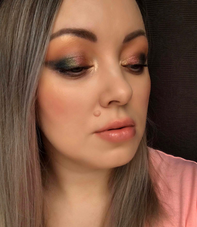 Chantecaille Coral Radiance Chic Cheek and Highlighter Duo Makeup Look