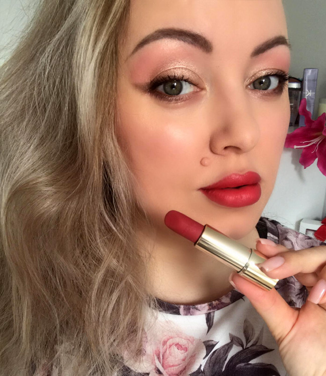 L'Absolu Rouge Intimatte (282) Very French Lip Swatch Makeup Look