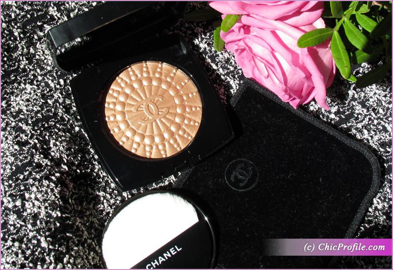 Chanel Perles de Lumiere Illuminating Blush Powder Open